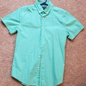 Express short sleeve button up